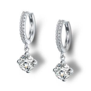 Csillogó kristály karikán fülbevaló