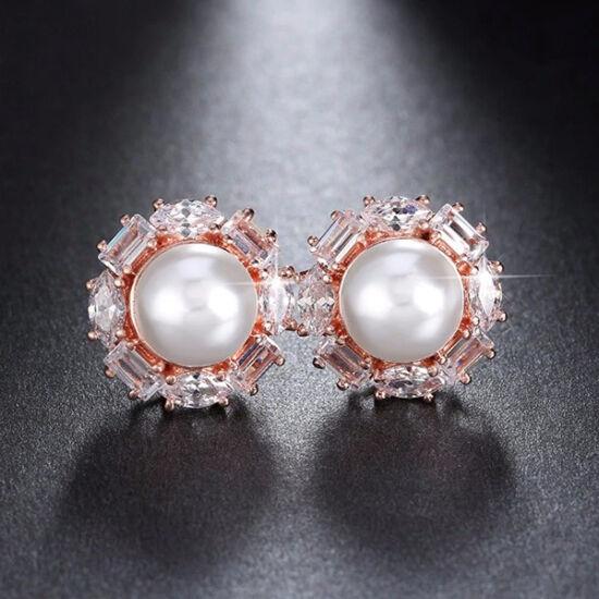 Beszúrós gyöngy fülbevaló körben Swarovski kristályokkal rosegold fülbevaló