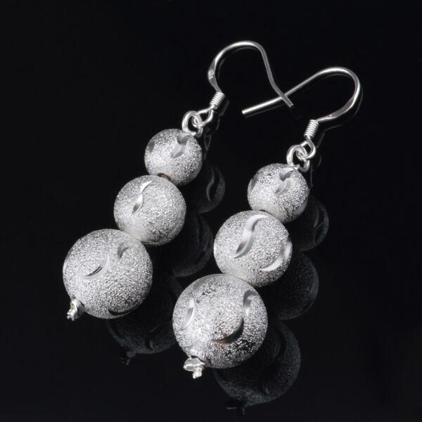 Ezüstös labdák fülbevaló
