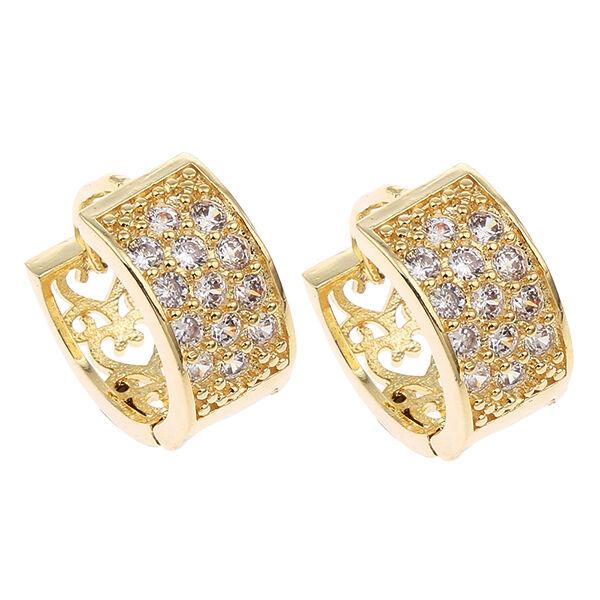 Előkelő sok kristályos kis karika fülbevaló gold