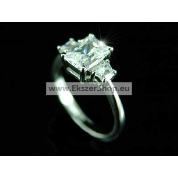 335 egyedi köves gyűrű