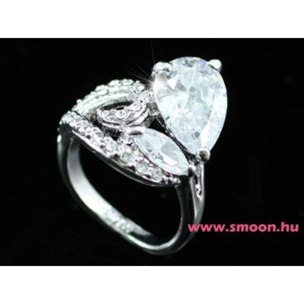 330 egyedi köves gyűrű