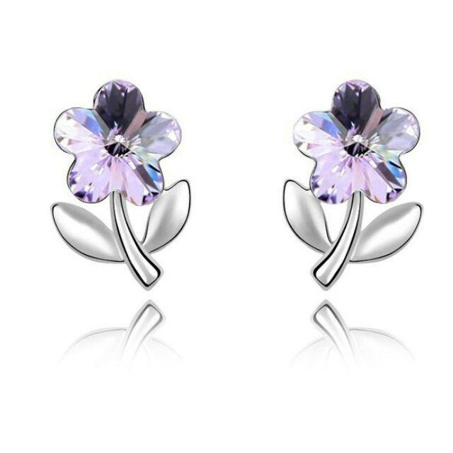 Kis virág fülbevaló ibolya